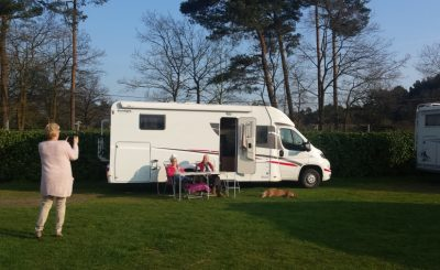 Aly en Wijnand op campertraining