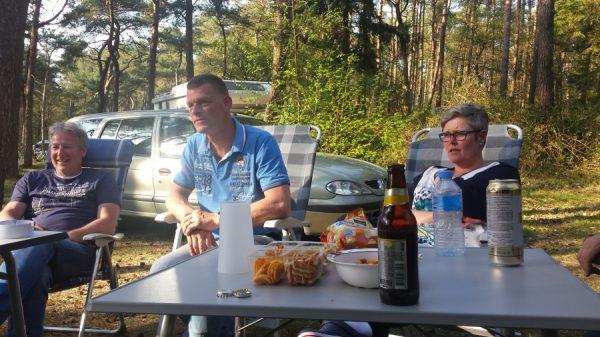 Esther en Mories op campertraining