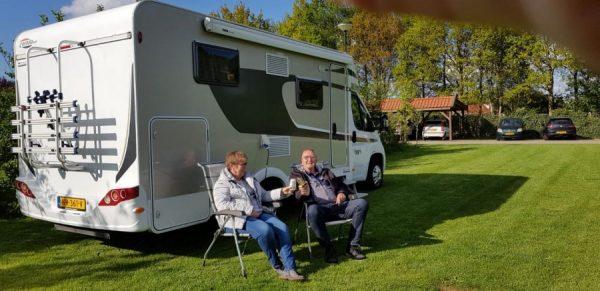 Piet en Marianne op campertraining