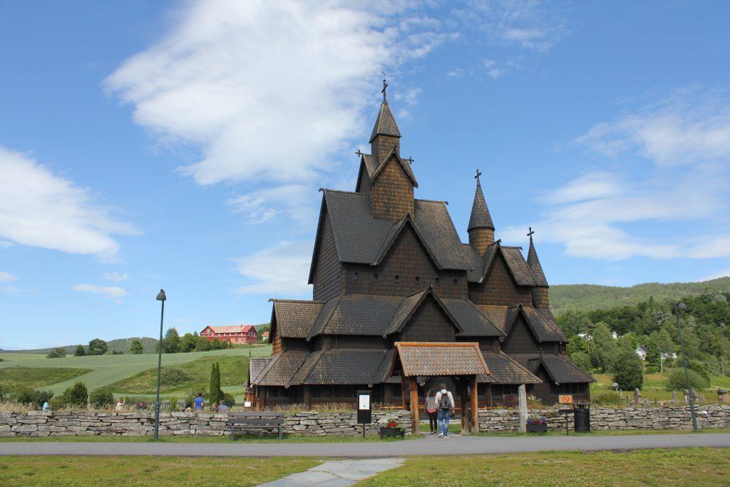 Camperreis Noorwegen Heddal Staafkerk