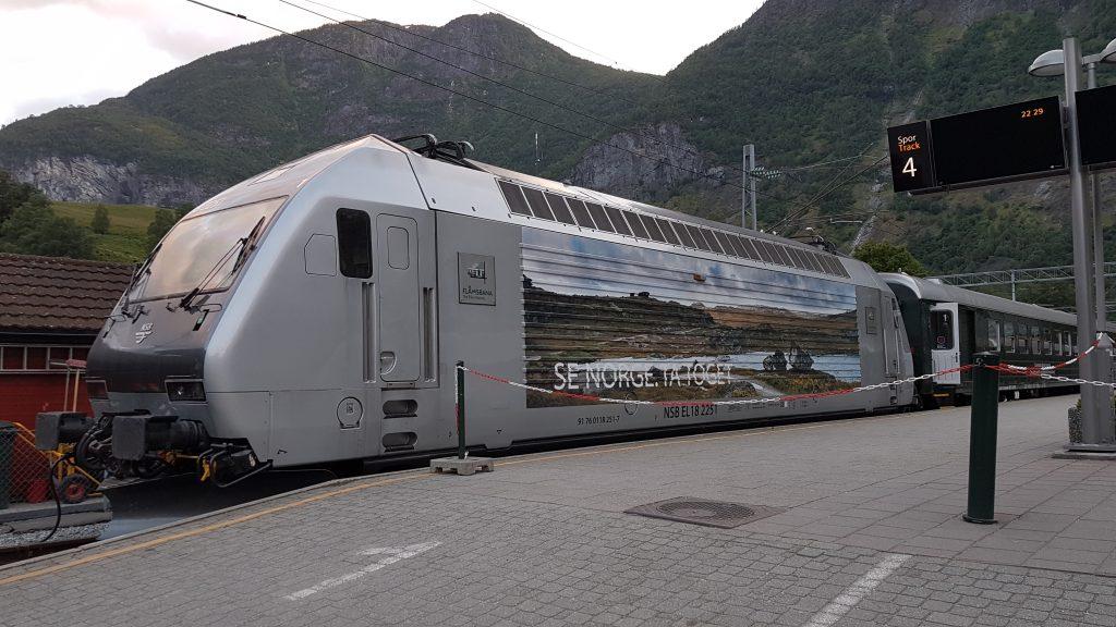 Camperreis Noorwegen treinreis Flåm - Myrdal