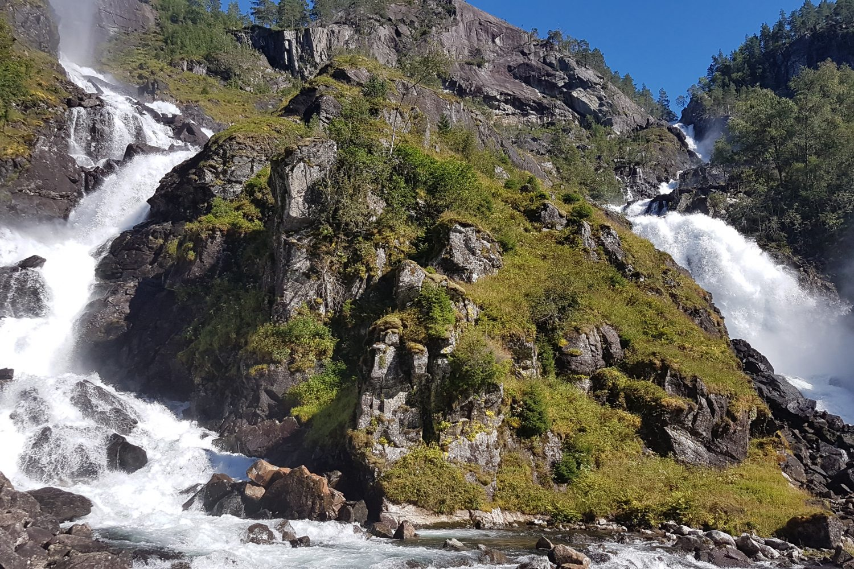 Camperreis Noorwegen - Latefossen waterval