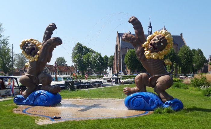 Camperreis Friese Elfsteden - Elf Steden fontein Workum